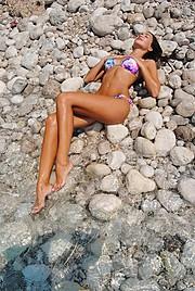 Kiara Tito model (modele). Photoshoot of model Kiara Tito demonstrating Body Modeling.Body Modeling Photo #148839