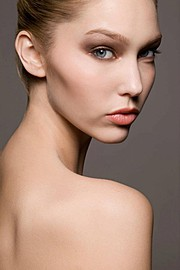 Kim Young makeup artist. Work by makeup artist Kim Young demonstrating Beauty Makeup.Beauty Makeup Photo #70837