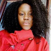 Kiya vandi is a Sierra Leonean model currently based in Nigeria. Kiya was crown as miss Bo, Sierra Leone. She's has her own bead design line