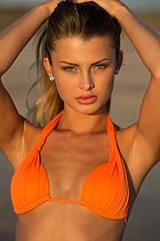 Klaudia Burman model (modell). Photoshoot of model Klaudia Burman demonstrating Face Modeling.Face Modeling Photo #80614