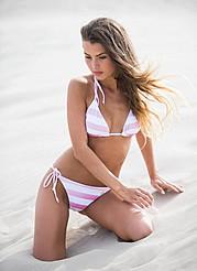Klaudia Burman model (modell). Photoshoot of model Klaudia Burman demonstrating Body Modeling.Body Modeling Photo #80622