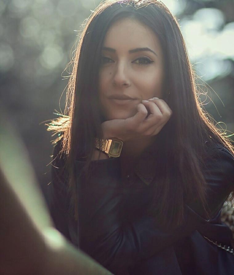 Konstantina Morena Begai model (μοντέλο). Photoshoot of model Konstantina Morena Begai demonstrating Face Modeling.Face Modeling Photo #197942