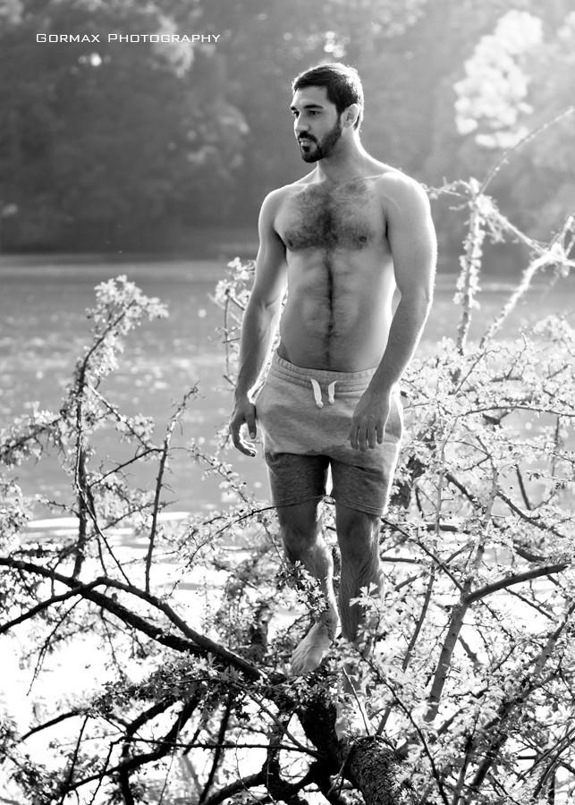 Konstantino Michael model (μοντέλο). Photoshoot of model Konstantino Michael demonstrating Body Modeling.Body Modeling Photo #159800