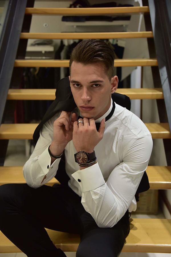 Konstantinos Manolakis model (μοντέλο). Photoshoot of model Konstantinos Manolakis demonstrating Fashion Modeling.Fashion Modeling Photo #190058