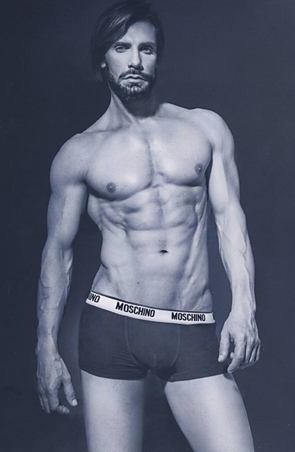 Konstantinos Pavlopoulos (Κωνσταντίνος Παυλόπουλος) fashion & comercial model. Photoshoot of model Konstantinos Pavlopoulos demonstrating Body Modeling.Body Modeling Photo #202833