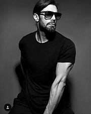 Konstantinos Pavlopoulos (Κωνσταντίνος Παυλόπουλος) fashion & comercial model. Photoshoot of model Konstantinos Pavlopoulos demonstrating Face Modeling.Face Modeling Photo #202816