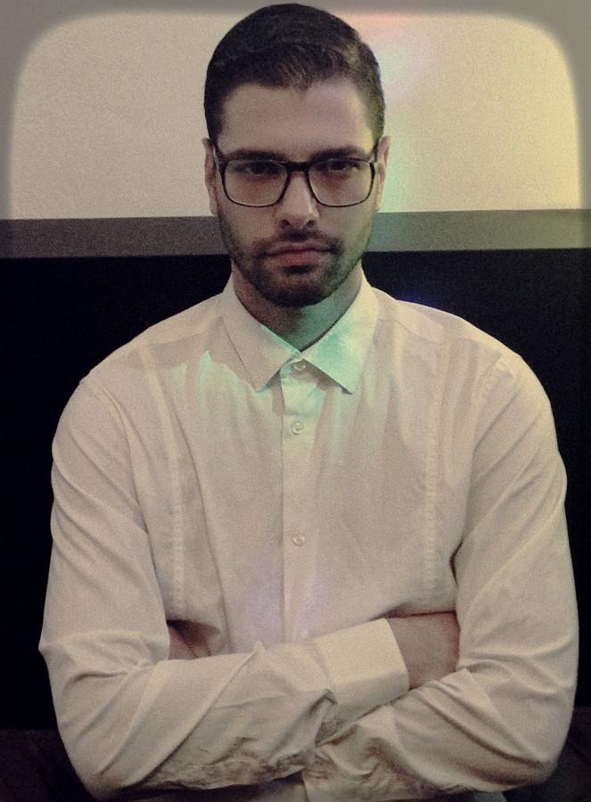 Kostas Marou model (μοντέλο). Photoshoot of model Kostas Marou demonstrating Face Modeling.Face Modeling Photo #175924