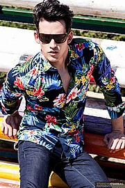 Kostas Vidras model (Κώστας Βίδρας μοντέλο). Kostas Vidras demonstrating Fashion Modeling, in a photoshoot by Kiriakos Katsareas.photographer Kiriakos KatsareasEyewearFashion Modeling Photo #115642