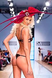 Kristina Petina model (modell). Photoshoot of model Kristina Petina demonstrating Runway Modeling.Runway Modeling Photo #78262