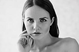 Kristina Yakimova model (модель). Kristina Yakimova demonstrating Face Modeling, in a photoshoot by Pavel Kiselev.Face Modeling Photo #103006