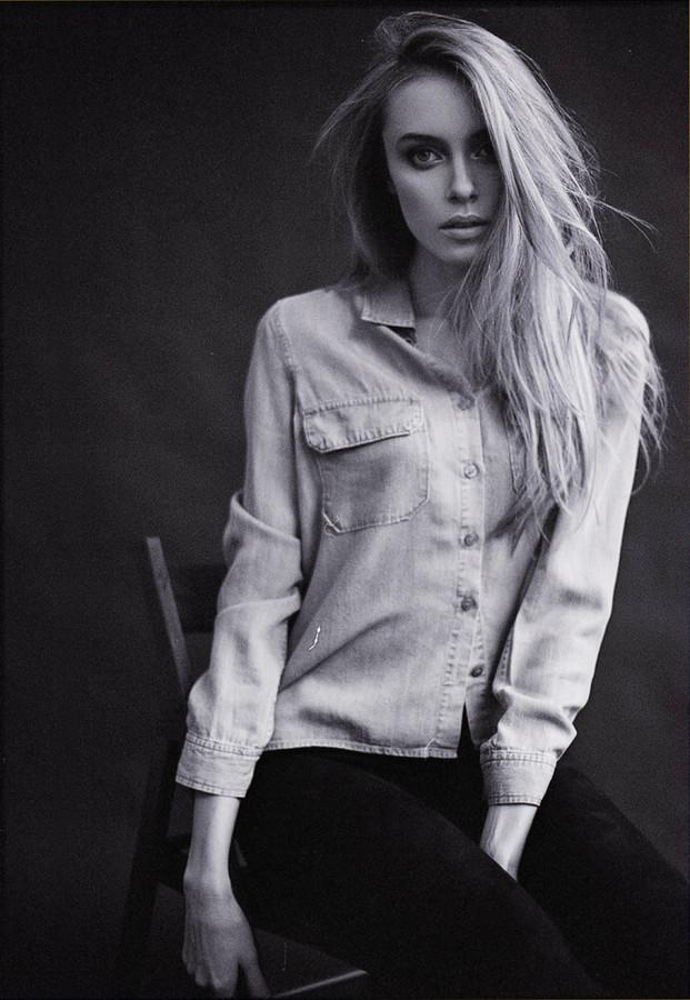 Ksenia Sukhinova model (Ксения Сухинова модель). Photoshoot of model Ksenia Sukhinova demonstrating Fashion Modeling.Fashion Modeling Photo #111218