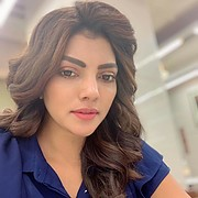 Lahari Shari model & actress. Photoshoot of model Lahari Shari demonstrating Face Modeling.Face Modeling Photo #230661