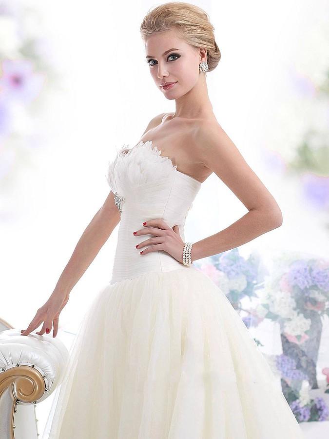 Laila Monroe Bridal Fashion Designer