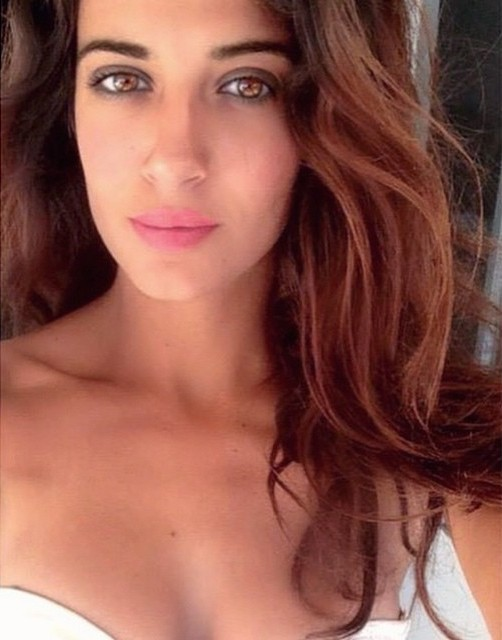 Lara Riad model. Photoshoot of model Lara Riad demonstrating Face Modeling.Face Modeling Photo #151989