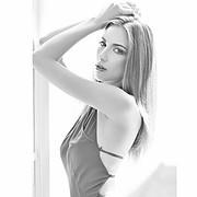 Larissa Portolani model (modelo). Modeling work by model Larissa Portolani. Photo #198739