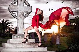 Laura Kitsos makeup artist. Work by makeup artist Laura Kitsos demonstrating Fashion Makeup.Fashion Makeup Photo #56953