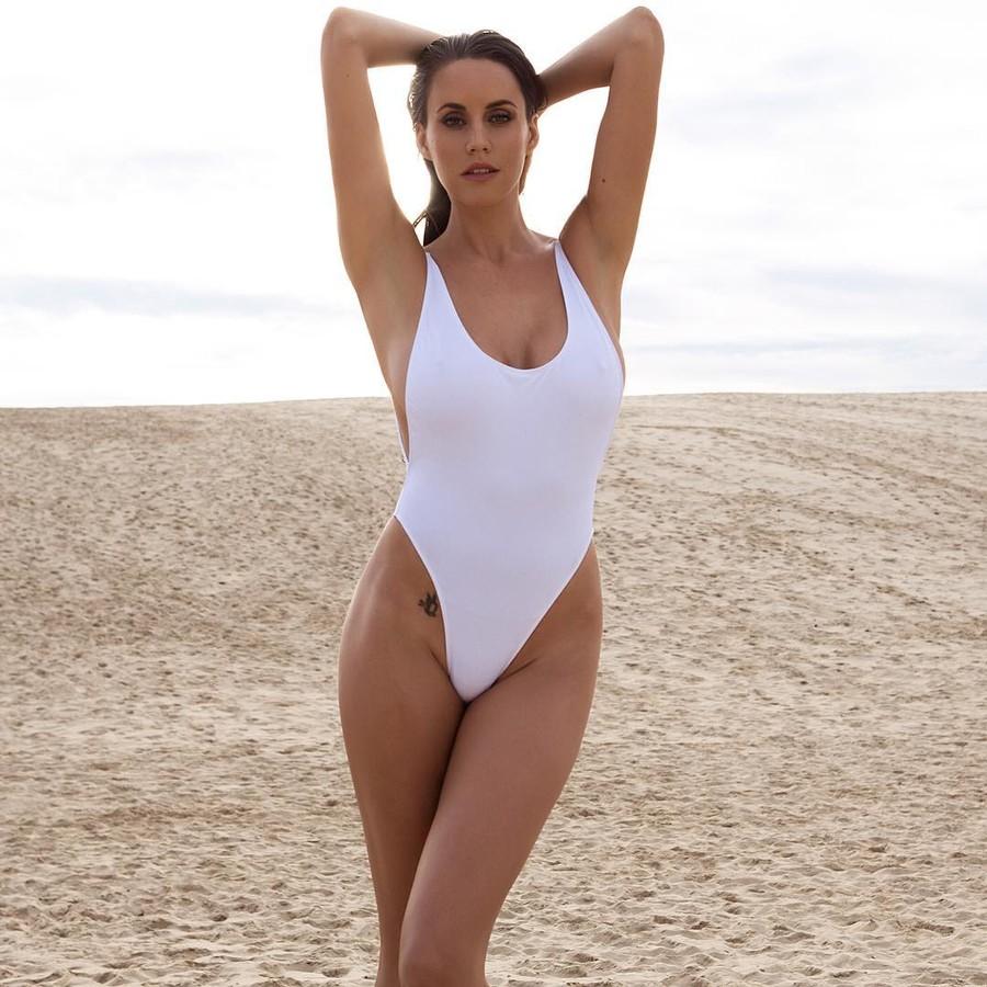 Lauren Vickers model. Photoshoot of model Lauren Vickers demonstrating Body Modeling.Body Modeling Photo #166283