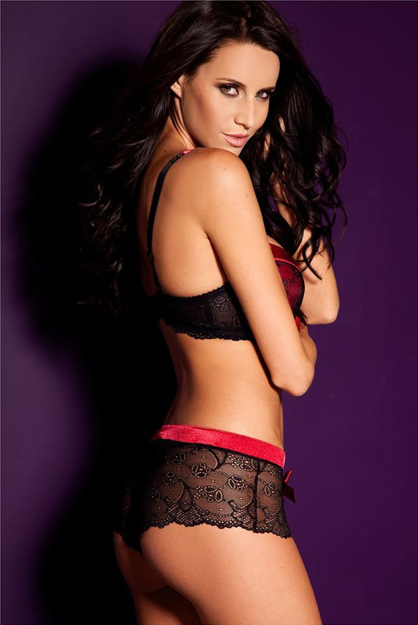 Lauren Vickers model. Photoshoot of model Lauren Vickers demonstrating Body Modeling.Glamour,LingerieBody Modeling Photo #54305