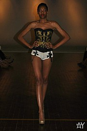 Laveena Dawson model. Photoshoot of model Laveena Dawson demonstrating Runway Modeling.Runway Modeling Photo #96562