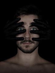 Lazaros Moutafidis model (μοντέλο). Photoshoot of model Lazaros Moutafidis demonstrating Face Modeling.Face Modeling Photo #201893