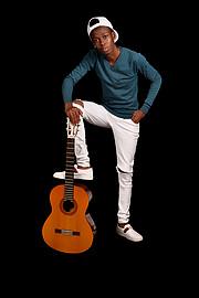 Leon Kalama Model
