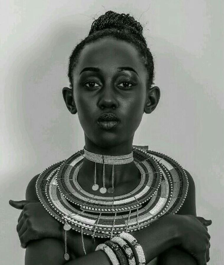 Lilian Mmbando model. Photoshoot of model Lilian Mmbando demonstrating Face Modeling.Face Modeling Photo #186701
