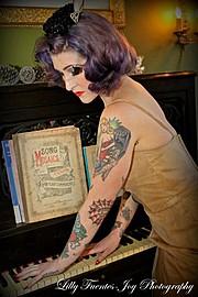 Lilly Fuentes Joy Photographer