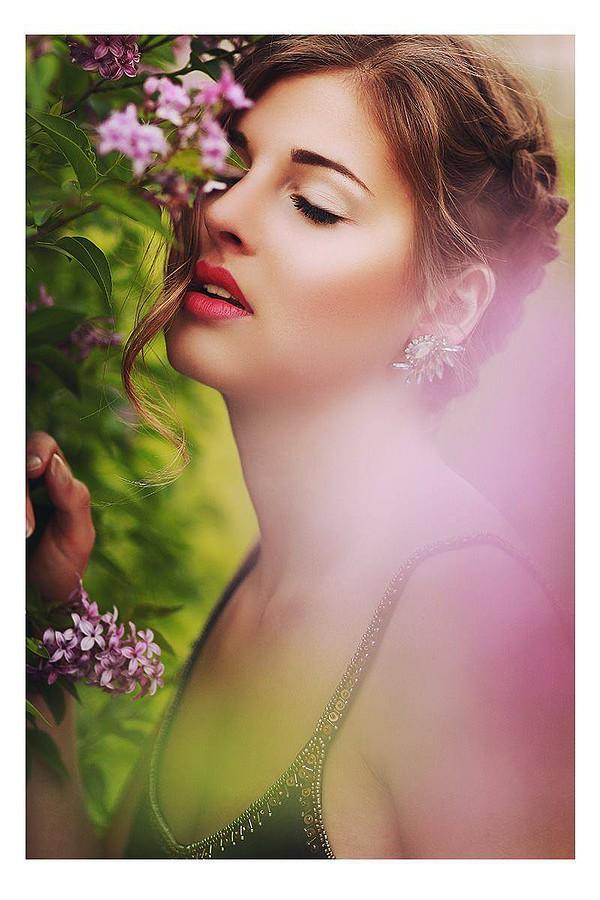 Lina Roth model (modell). Photoshoot of model Lina Roth demonstrating Face Modeling.Face Modeling Photo #91605