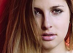 Lina Roth model (modell). Photoshoot of model Lina Roth demonstrating Face Modeling.Face Modeling Photo #91614