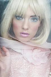 Lisa Elliott fashion stylist. styling by fashion stylist Lisa Elliott. Photo #44149