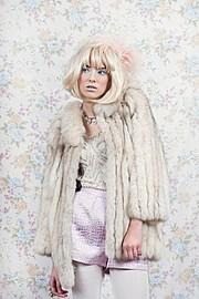 Lisa Elliott fashion stylist. styling by fashion stylist Lisa Elliott. Photo #44151