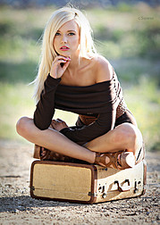Lisa Lee Marie model. Photoshoot of model Lisa Lee Marie demonstrating Fashion Modeling.Fashion Modeling Photo #90284