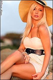 Lisa Lee Marie model. Photoshoot of model Lisa Lee Marie demonstrating Fashion Modeling.Fashion Modeling Photo #90288