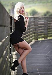 Lisa Lee Marie model. Photoshoot of model Lisa Lee Marie demonstrating Fashion Modeling.Fashion Modeling Photo #90291