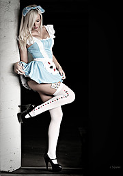 Lisa Lee Marie model. Photoshoot of model Lisa Lee Marie demonstrating Commercial Modeling.Commercial Modeling Photo #90299