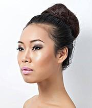 Lisa Ma model. Photoshoot of model Lisa Ma demonstrating Face Modeling.Face Modeling Photo #71428