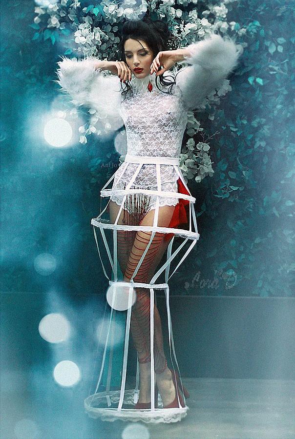 Lora Dimoglou fashion designer (σχεδιαστής μόδας). design by fashion designer Lora Dimoglou. Photo #112887
