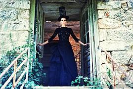 Lora Dimoglou fashion designer (σχεδιαστής μόδας). design by fashion designer Lora Dimoglou. Photo #112902
