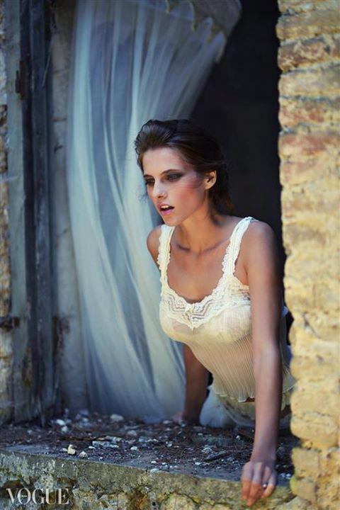 Lora Dimoglou fashion designer (σχεδιαστής μόδας). design by fashion designer Lora Dimoglou. Photo #112936