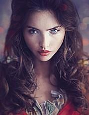 Lora Vertue Photographer