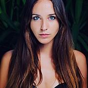 Lorenza Cani model (modella). Photoshoot of model Lorenza Cani demonstrating Face Modeling.Face Modeling Photo #171121