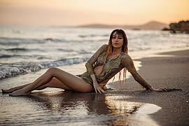 Lucy Samara model (μοντέλο). Photoshoot of model Lucy Samara demonstrating Body Modeling.Body Modeling Photo #223424