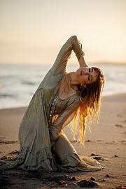 Lucy Samara model (μοντέλο). Photoshoot of model Lucy Samara demonstrating Fashion Modeling.Fashion Modeling Photo #223425