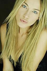 Ludmila Kudjakova model (modèle). Photoshoot of model Ludmila Kudjakova demonstrating Face Modeling.Face Modeling Photo #66874