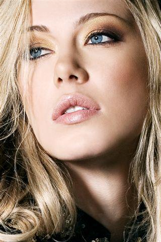 Ludmila Kudjakova model (modèle). Photoshoot of model Ludmila Kudjakova demonstrating Face Modeling.Face Modeling Photo #75553