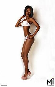 Riz Mehar photographer, Lyna Rhymes Kemunto model. Photoshoot of model Lyna Rhymes Kemunto demonstrating Body Modeling.Model: Lyna Rhymes KemuntoPhotographer: Riz MeharBody Photography,Body Modeling Photo #70153