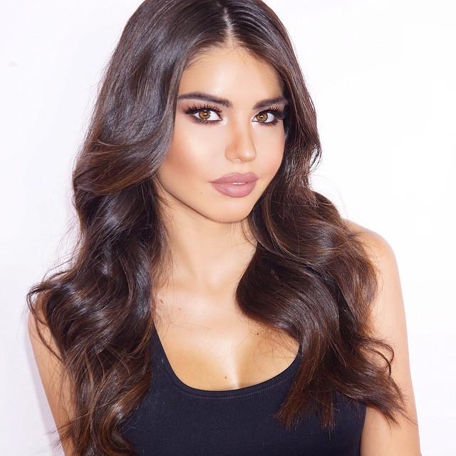 Mabelynn Capeluj model. Photoshoot of model Mabelynn Capeluj demonstrating Face Modeling.Face Modeling Photo #165607
