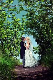 Maciej Krawczyk photographer (fotograf). Work by photographer Maciej Krawczyk demonstrating Wedding Photography.Wedding Photography Photo #78759