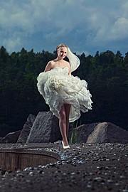 Maciej Krawczyk photographer (fotograf). Work by photographer Maciej Krawczyk demonstrating Wedding Photography.Wedding Photography Photo #78762