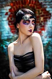 Madalina Sinoae model. Photoshoot of model Madalina Sinoae demonstrating Face Modeling.Face Modeling Photo #94592